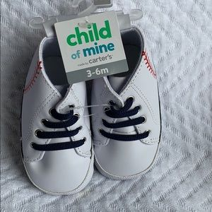 NWT infant 3-6 month shoes